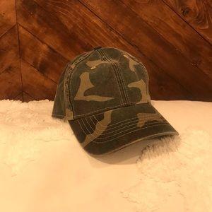 Accessories - Distressed Camo Hat